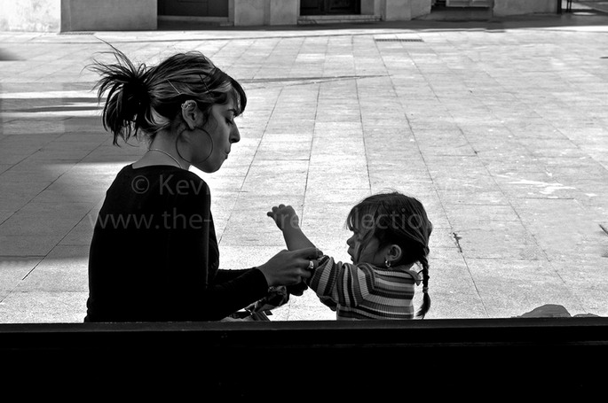MOTHER AND CHILD IN LA LINEA  SPAIN